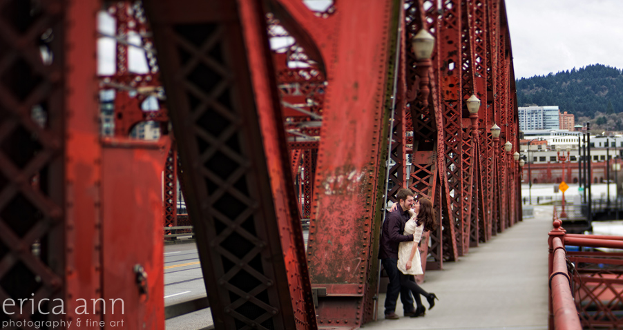 Downtown_Portland_Engagement_Photography_01