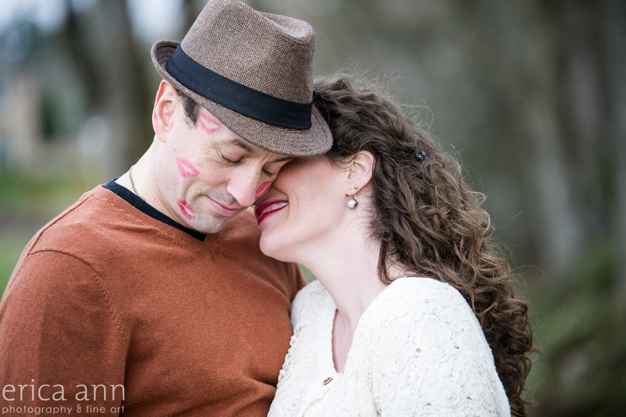 Cooper Mountain Vineyard Engagement Session kisses
