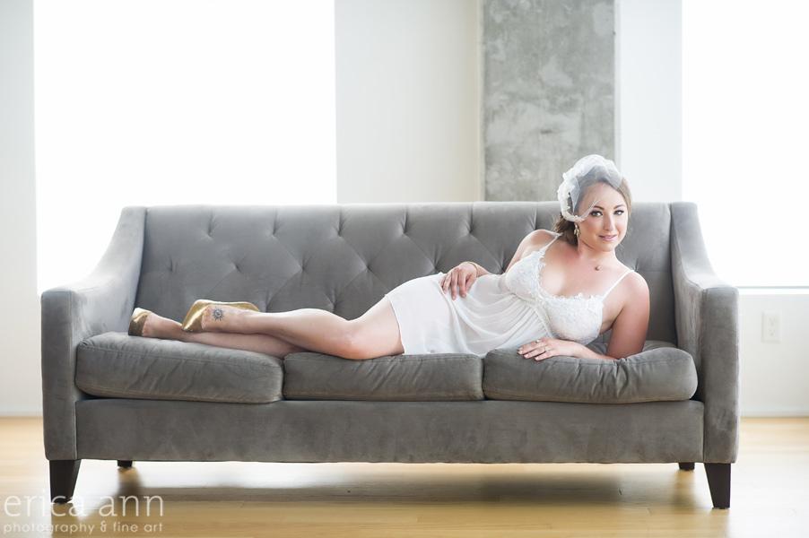 White Bridal Sofa Boudoir