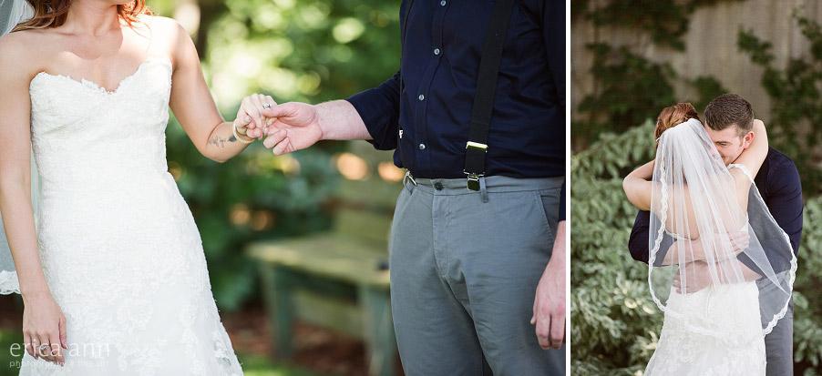 Wilmes Hop Farms Wedding Bride and groom